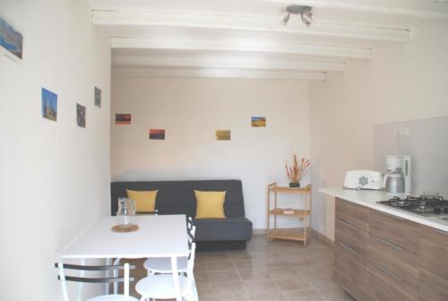 salon cuisine gîte 8