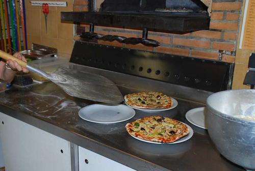 pizzas-arlane-naturisme-verdon